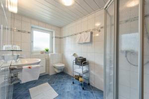 A bathroom at Pension Maria