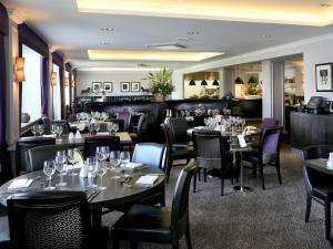 A restaurant or other place to eat at Macdonald Berystede Hotel & Spa