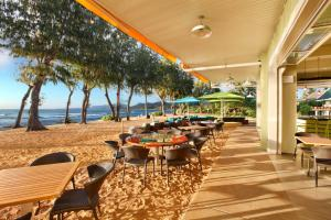 A restaurant or other place to eat at Kauai Shores Hotel
