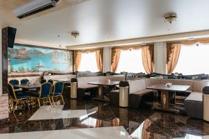 Ресторан / где поесть в Гостиница Империя
