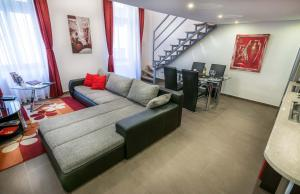 A seating area at Holiday Budapest Superior Apartments
