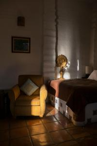 Ein Sitzbereich in der Unterkunft El Angel Azul Hacienda