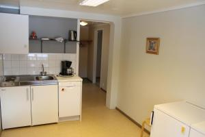 A kitchen or kitchenette at Jostedal Hotel