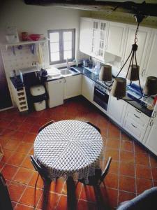 A kitchen or kitchenette at Quinta das Malhadas