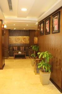 The lobby or reception area at Al Raad Hotel