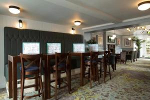 A restaurant or other place to eat at The Cross Keys Wetherspoon