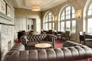 The lounge or bar area at Argyll Hotel