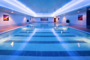 The swimming pool at or near Mercure Sheffield St Paul's Hotel & Spa