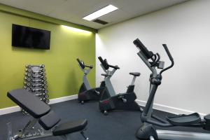The fitness center and/or fitness facilities at Mantra on The Park