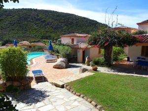 Het zwembad bij of vlak bij Residence Bouganvillage