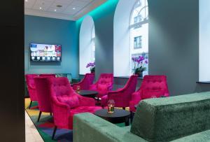 A seating area at Thon Hotel Rosenkrantz Bergen