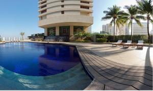 The swimming pool at or near The Oberoi Mumbai