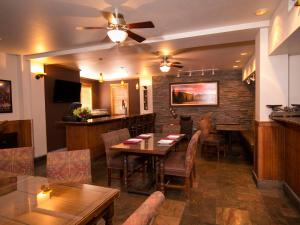 A restaurant or other place to eat at The Hotel Telluride