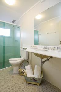 A bathroom at Pousada Casa Gialla