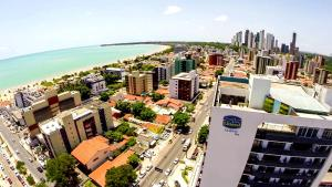 A bird's-eye view of Littoral Tambaú Flat