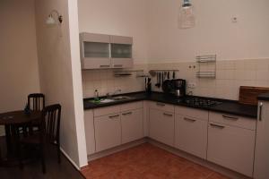 Küche/Küchenzeile in der Unterkunft Ferienwohnung Höllenblick