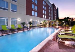 The swimming pool at or near SpringHill Suites Houston Intercontinental Airport