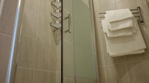 A bathroom at Appartement Le Vieux Port