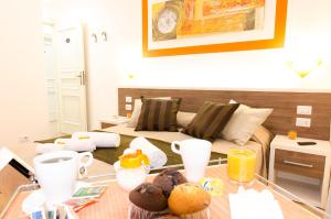 Breakfast options available to guests at Gemme Di Roma Accomodation