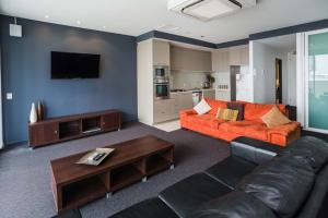 A seating area at Honeysuckle Executive Suites