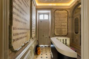 Spa and/or other wellness facilities at Serenata Hostel Coimbra