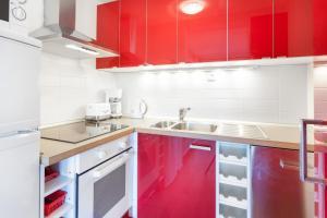 Küche/Küchenzeile in der Unterkunft GreatStay Apartment - Maybachufer