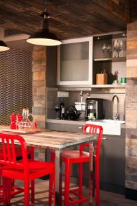 A kitchen or kitchenette at Generator Barcelona