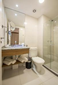 Um banheiro em Promenade Fusion Itaguaí