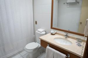 Un baño de Gran Hotel Isabel Riquelme