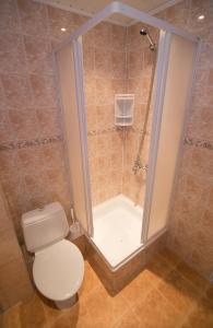 Jūrnieks Hotelにあるバスルーム
