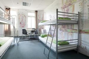 A bunk bed or bunk beds in a room at Hostel Jena