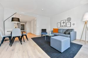 A seating area at Forenom Serviced Apartments Oslo Majorstuen