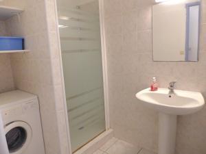 A bathroom at Holiday Home la Villa des Néréides