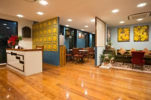 The lobby or reception area at Nine Design Place