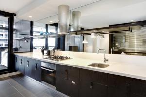 A bathroom at Corporate Keys - Lilli Apartments
