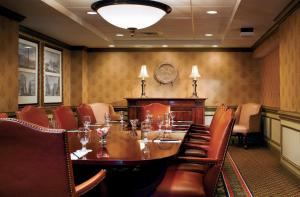 A restaurant or other place to eat at The Westin Poinsett, Greenville