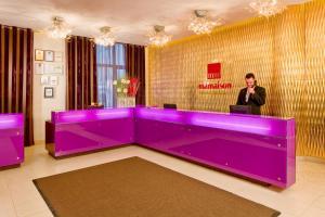 Лобби или стойка регистрации в Mamaison All-Suites Spa Hotel Покровка
