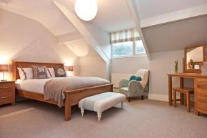 A bed or beds in a room at Craigholme