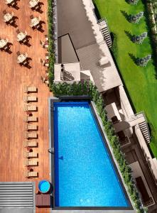 A view of the pool at Divan Istanbul Asia or nearby