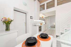 A cozinha ou cozinha compacta de Vatican White Domus