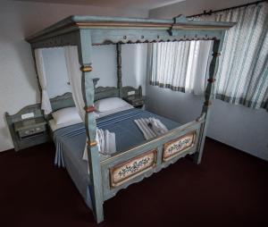 Aquamarina Hotel emeletes ágyai egy szobában