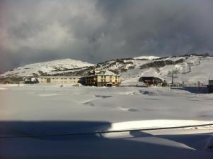 Perisher Manor Hotel during the winter