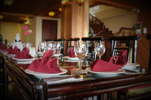 Restaurant ou autre lieu de restauration dans l'établissement Sapa Dragon Hotel
