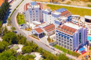 A bird's-eye view of Diamond Elite Hotel & Spa - Adults Only (+16)