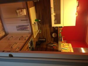 A kitchen or kitchenette at Un Homme Et Une Femme