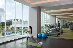 The fitness centre and/or fitness facilities at Fraser Place Setiabudi Jakarta