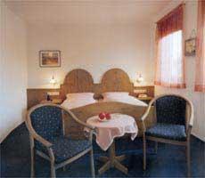 Ein Bett oder Betten in einem Zimmer der Unterkunft Hotel-Gasthof Lamm