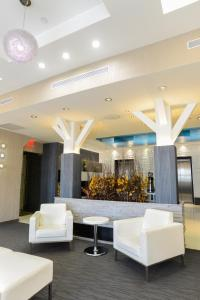 The lobby or reception area at Hotel de Point