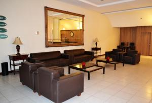 A seating area at Hotel Premier