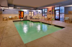 The swimming pool at or near SpringHill Suites Las Vegas Henderson